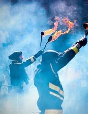 LES FRERES LUMIERES : FIRE SHOW